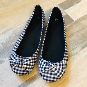 Black and White Plaid Ballet Flats